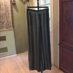 Takara soft pants, wide leg, medium NWT